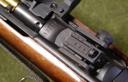 ... で優れた性能を持つ軍用銃